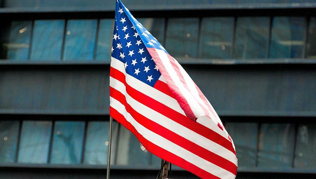 Ole Helmhausen - Background USA